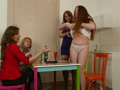 4 European housewives go wild