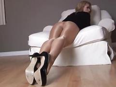 Fit Chick Randy Show Long Legs In Nylon #MrBrain1988