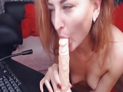 Sexy Cam Kitten Toy play Her Juicy Pussy