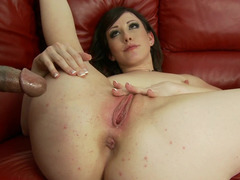 BBC quenching babe Jennifer White wants him in her wet vagina
