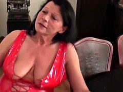 FUN Videos Horny Granny cant get enough