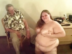 Adult bbw farting and also peeing