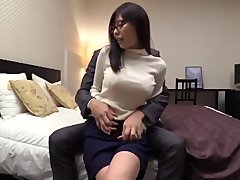 young-looking woman glasses office woman 5388