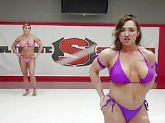 Muscle Goddesses' Battle Royale