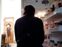 Buttcrack out while sortingthe fridge pt2