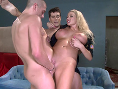 Dirty cop and moreover a pair of criminals have a insane threesome