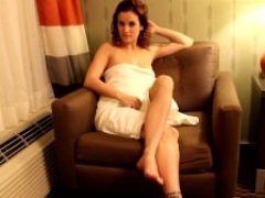 Sexy Sexually available mom in Towel Jack off Instruction