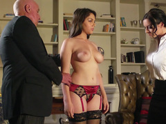 Italian brunette bitch with a killer body needs a hard meat pole