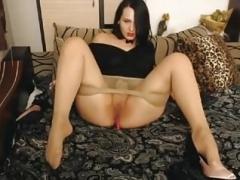 Masturbates in a tights!