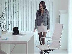 Slutty secretary having a petite surpise