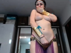 Dilettante brunette double toying on online camera