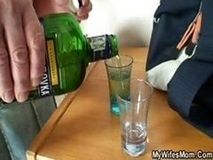 She gets down and dirty her son in law after couple of drinks