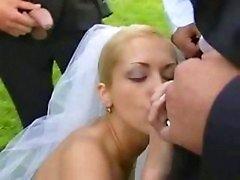 Bride in public bang after wedding