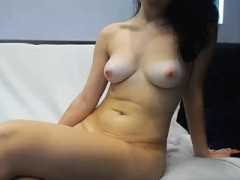 Super Hot 18-19 y.o. Babe Knows How To Jerk
