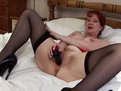Redhead Old don't need penis