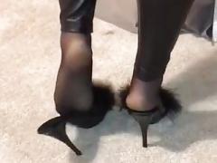 Nylon soles and also wetlook leginggs