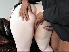 pretty bbw sucks small black dick