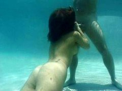 Isabella Soprano - Underwater Blowjob piece 2