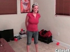 Dilettante College chick Gives a Private Show in the Dorm
