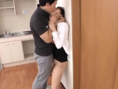 Sex in the office with sexy whore engulfing and fucking