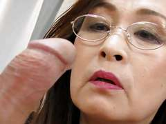 Older females have enough sexual experience