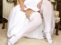 A bride gets fucked by unknown user