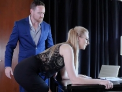 Alexa Grace Giving a blowjob and Banged Savagely