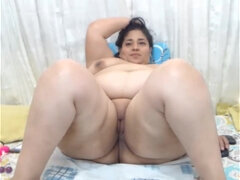 Colombian PLUS-SIZE Nymph Jacking In Couch
