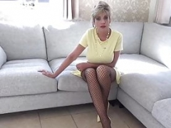 Bigtitted Aunt Sonia loves making you edge before you cum