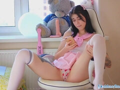 Super-Cute College Gal Taunt - See her at GoddessAmateurs.com