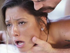 Teen Jaye Summers in oil has sex with a massage therapist and gets cum on her ass