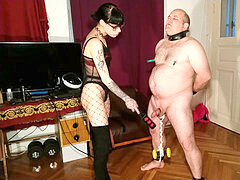 Beth Kinky - Sexy goth dominatrix cbt and tummy crush her slave pt1 HD