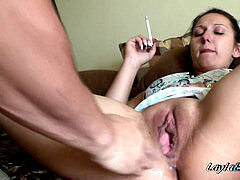 great Looking super-bitch Smoking While Being Fisted