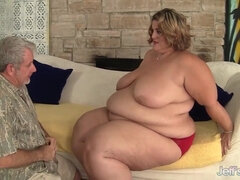 Silver Old Daddy Wants To Fuck A Very Chubby Woman