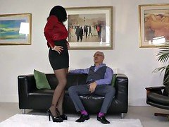 The boss faucks his secretary