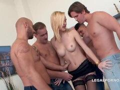holland pornó anális