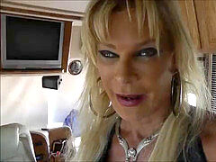 come with the biotch leather transgender princess in adultstore and dt in car ,i swallow
