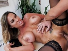 Stunning cougar cheats on hubby with his hung employee