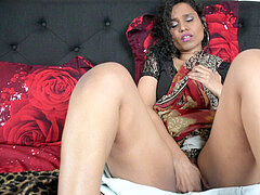 Hindi mummy Has wet fantasy Of Virgin StepSon