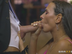 Moms in Control (Brazzers): An Open Minded Marriage
