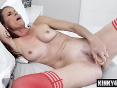Dark Hair housewife seduction with ejaculation