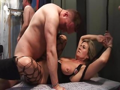 Having an intercourse the greedy gangbang-MILF