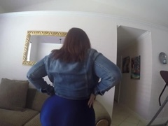 My HUGE ass watch it bounce and twerk in this tight spandex yoga pants