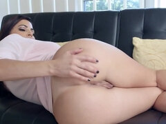 Latina goddess shakes booty before turning attention on cock