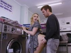 Private.com - Large ass Mia Malkova gets fucked in the laundry