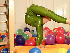 Flexy wondrous Green Rubber Catsuit blonde nude Feet & Bendy Positions