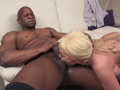 Bimbo in black opera gloves gobbles black fuck pole and plus gets fucked