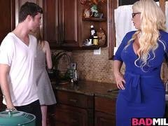 Hot boyfriend fucked Dolly and also Alura in the kitchen