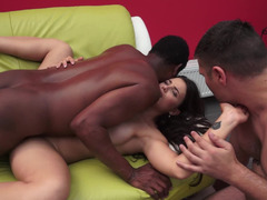 A fir hoe is getting fucked in front of her lover by a black dude