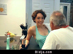 pervert yankee beauty fucking elderly geezer in the kitchen